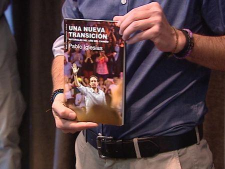 Pablo-Iglesias-presenta-libro-transicion_ATLVID20151201_0059_7